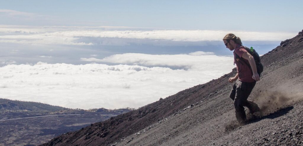 Nicolas Karasiak running on a volcano